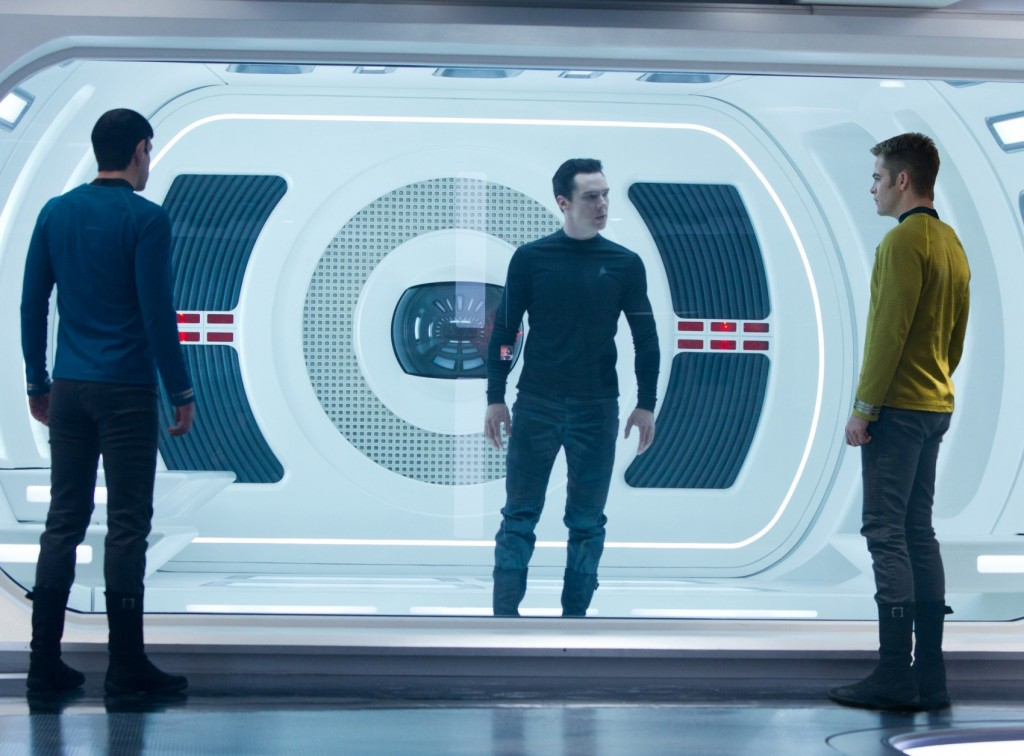 Star-Trek-Into-Darkness-star-trek-into-darkness-33013277-2000-1333