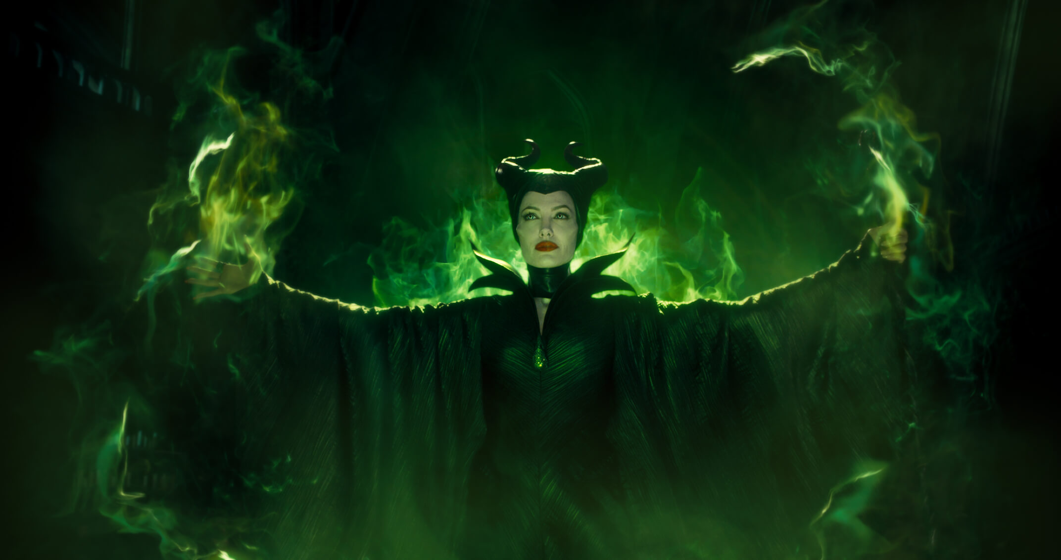 Maleficent-2014-image-maleficent-2014-36785715-2144-1132