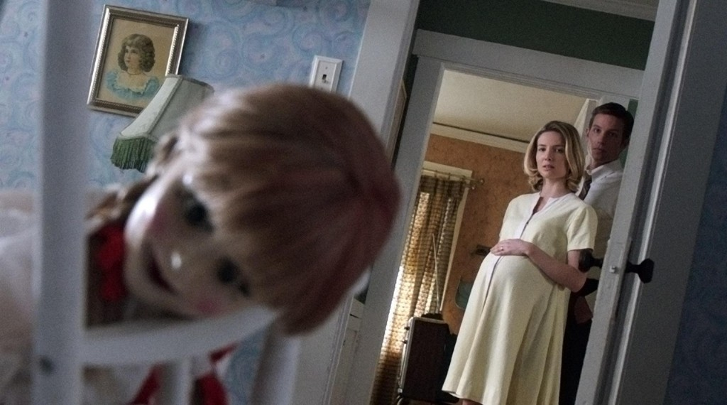 still-of-ward-horton-and-annabelle-wallis-in-annabelle-(2014)-large-picture