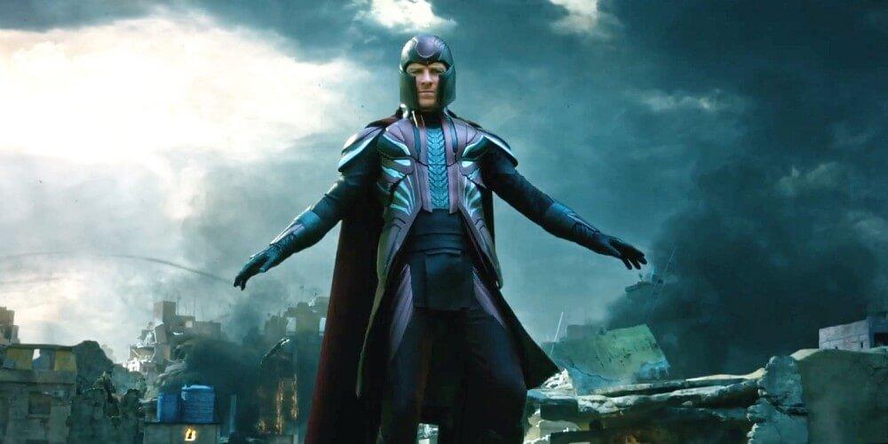 X-Men-Apocalypse-Trailer-Magneto-Suit